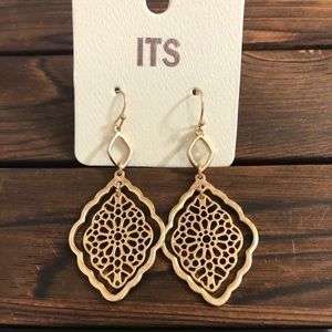 Gold Colored Double Link Moroccan CutOut Earrings